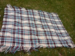 Woven Scoth Plaid Afghan :: free plaid crochet pattern!