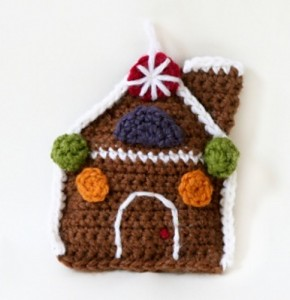 Amigurumi Gingerbread House :: Bake (or Make!) A Dozen Free #Crochet Gingerbread Patterns