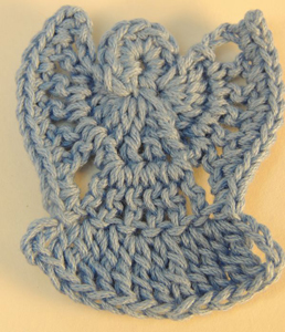 Angel Pin :: Free #Crochet Angel Patterns