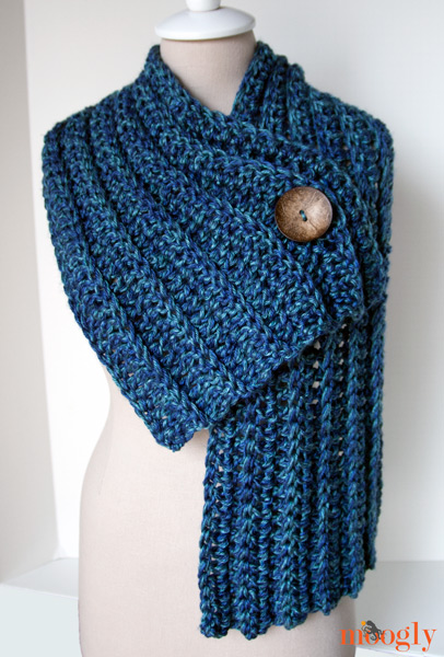 Free Crochet Pattern Button Scarf : Big Rib Scarf - moogly