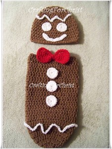 B's Gingerbread Man Hat and Cocoon :: Bake (or Make!) A Dozen Free #Crochet Gingerbread Patterns
