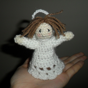 Christmas Tree Angel :: Free #Crochet Angel Patterns