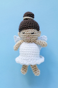 Cindy the Angel :: Free #Crochet Angel Patterns