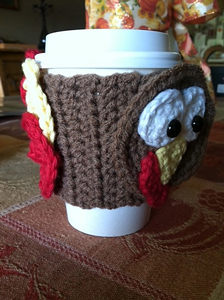 Turkey Lurkey Mug Wrap :: Free Crochet Turkey Patterns!