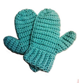 Charity Mittens :: 10 Free #Crochet Mittens Patterns - sizes for the whole family included!