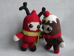 Christmas Spirits :: Free #Crochet Ornament Patterns