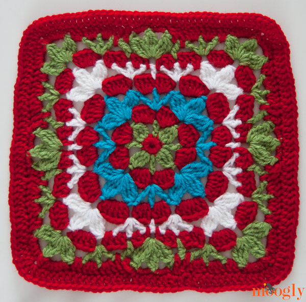 Catalina Square! Join the #crochet - a - long on Moogly!