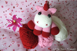 Lil' Baby Unicorn: Free #crochet unicorn pattern