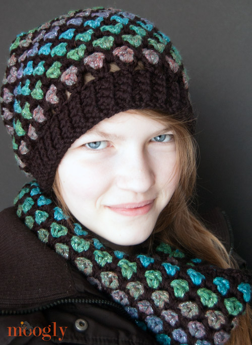 Moroccan Midnight Slouch and Cowl - Free #Crochet Patterns!