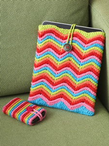 Rainbow Stripes Tablet Cover: Free #Crochet Pattern