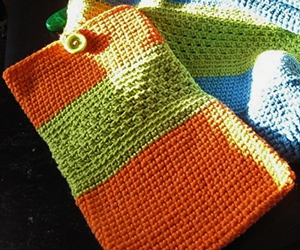 The Blog Collection Tablet Sleeve: Free #Crochet Pattern