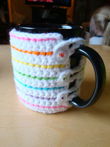 Coffee Mug Cozy: Free #crochet mug cozies in a variety of styles in a roundup on Moogly!