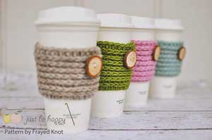 FrayedKnot 15 Minute Coffee Cozy: Crochet for your coffee cup! 10 free #crochet coffee sleeve patterns to make today! Great for gifts and keeping fingers safe! ♥
