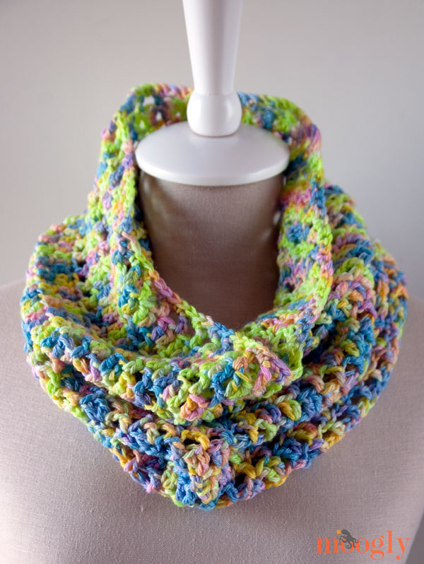 Yarn Baby LLC Yarn ♥♥♥ Use this gorgeous yarn in the free Splash of Spring Crochet Cowl pattern!
