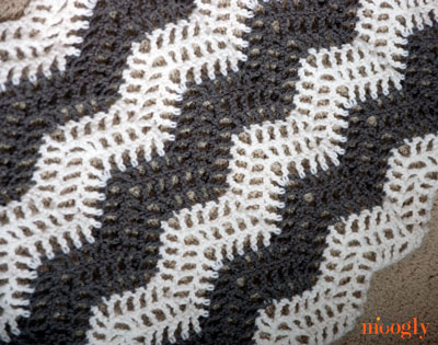 Free Crochet Pattern Big Bold Chevron Curtain