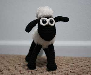 Shaun the Sheep! 10 Super cute patterns for #Crochet Sheep and Lambs! All free!