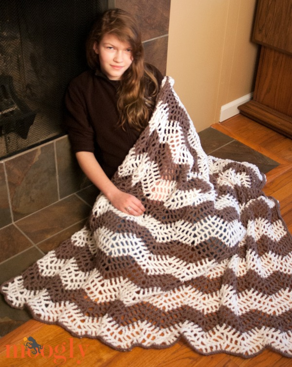 Free Crochet Pattern The Big Bold Chevron Blanket