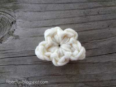 free crochet cloud and rainbow applique pattern