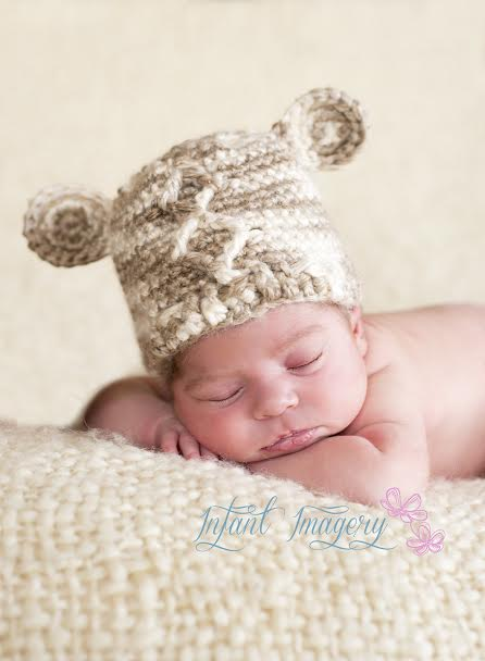 Diamond Bear Beanie - free pattern in both #knit and #crochet!