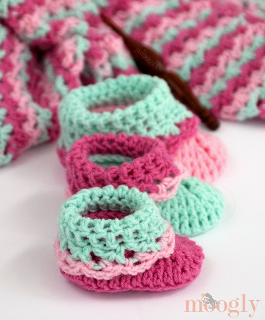 Loopy Love Big Baby Booties - moogly