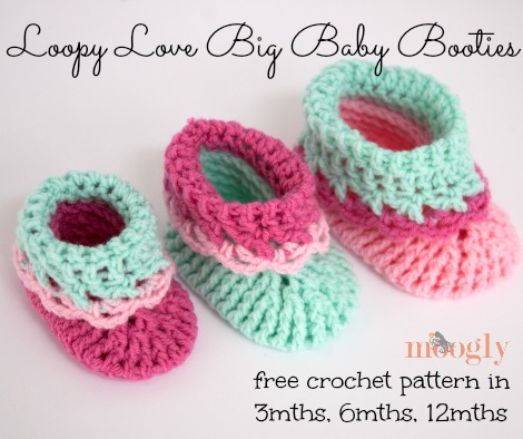 Loopy Love Big Baby Booties! Free #crochet pattern all the way up to 12mths! From mooglyblog.com
