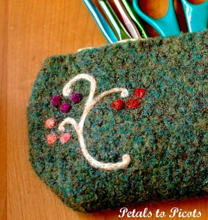 10 Free Felted #Crochet Patterns: special collection from Mooglyblog.com