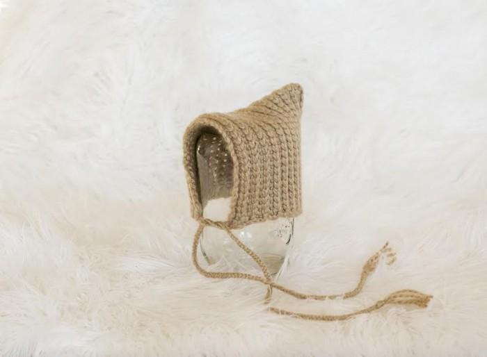 Textured Pixie Bonnet - Free #Crochet Pattern by Melody's Makings, on Mooglyblog.com