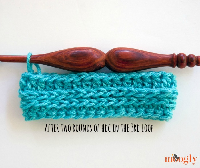 Crocheting In Third Loop : Crochet Tutorial: How to Crochet in the 3rd Loop of the Hdc!
