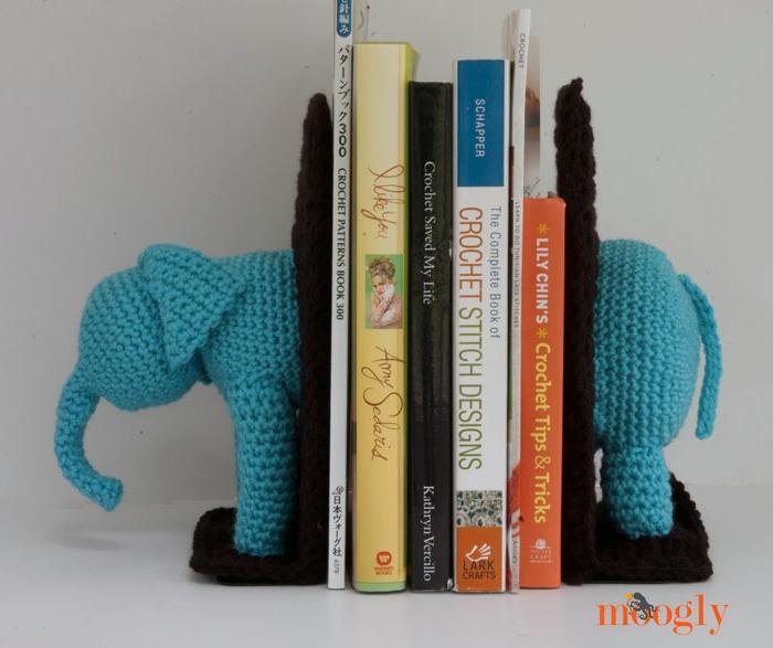 Elephants on #Crochet: Free Crochet Elephant Bookends Pattern!