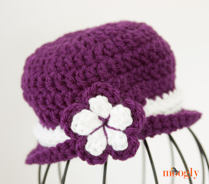 """Win a copy of """"Baby Hats"""" by Annastasia Cruz on Moogly! Giveaway ends 8/19/14 at 12:15 am Central Time."""