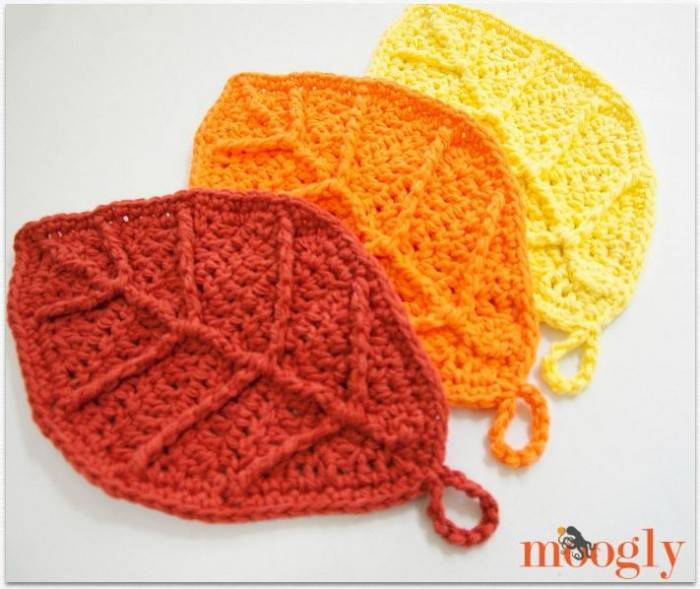 Fall Crochet Patterns : Happy Autumn Leaves - free #crochet pattern on Mooglyblog.com! These ...