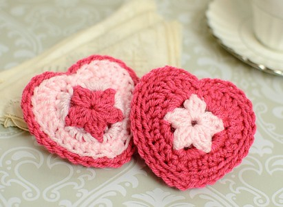 Little Hearts Matter: Free #Crochet Heart Patterns for a Cause!
