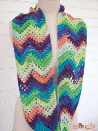 Free Crochet Pattern Chevron Lace Infinity Scarf