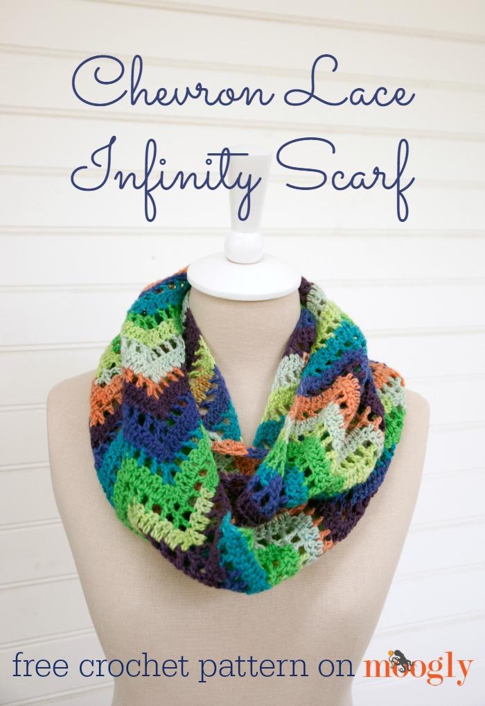 Free #Crochet Pattern: Chevron Lace Infinity Scarf!