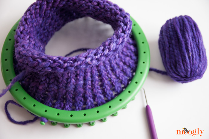 Moogly Loom Knitting with KidKnits!