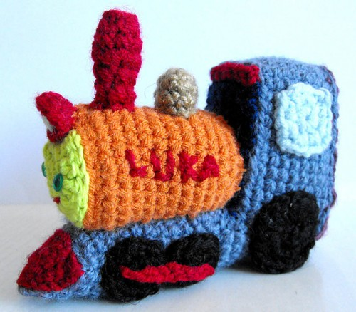 Planes, Trains, and Boats! Free #crochet pattern collection on Moogly! ♥
