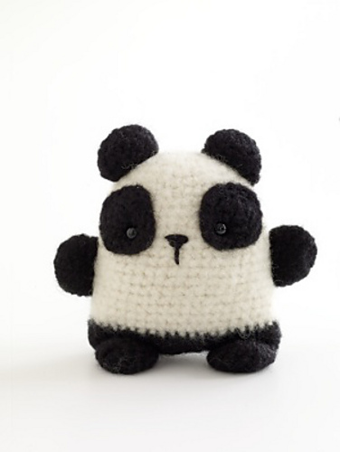 10 Free Crochet Panda Patterns - moogly