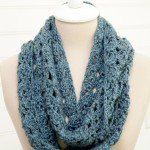 Melting Snow Infinity Scarf