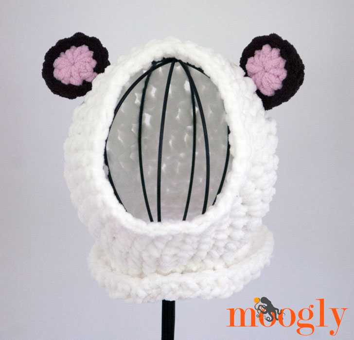 Yarnspirations Country Mouse and City Mouse Giveaway on Moogly! Ends 7/29/15