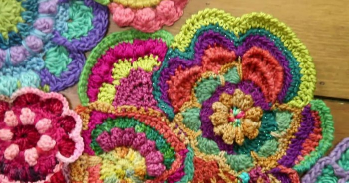 Freeform Crochet by Myra Wood: Craftsy Class Review on Moogly!