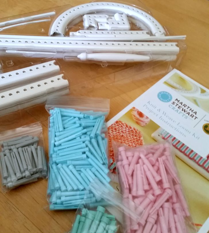 Martha Stewart Crafts Knit & Weave Loom Kit - Review on Mooglyblog.com!