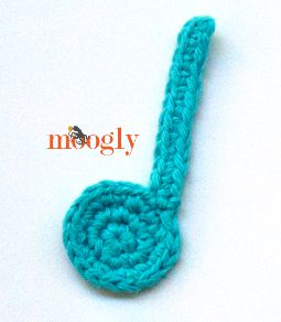 Crocheting Music : Musical Note Crochet Appliques! Free on Mooglyblog.com