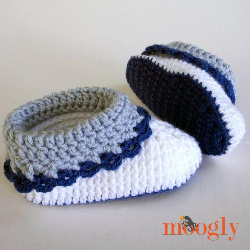 Free Crochet Patterns For Childrens Slipper Boots : Free #Crochet Pattern: Loopy Love Childrens Slippers!