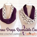Snow Drops Reversible Cowl - FREE crochet pattern on Mooglyblog.com!
