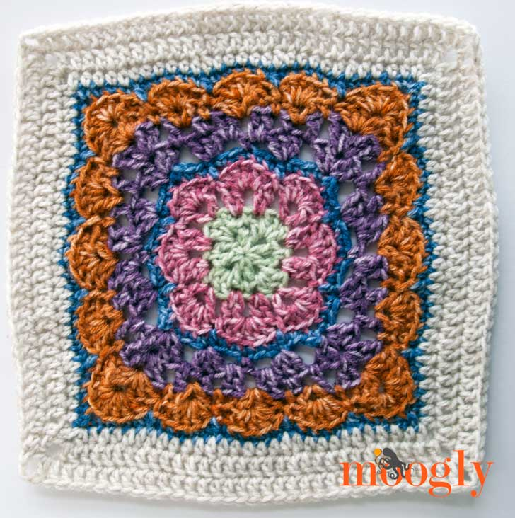 Block #3 for the MooglyCAL 2016! Thank you Danyel Pink Designs for this lovely free crochet pattern!