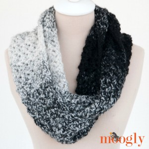 Loopy Love Scarf: Free crochet pattern in 3 styles, featuring just one ball of Lion Brand Scarfie, on Mooglyblog.com!