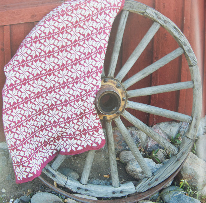 Fair Isle Tunisian Crochet by Brenda Bourg - review and giveaway on Mooglyblog.com! US only, ends 3/3/16 at 12:15am CST