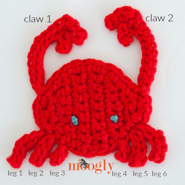 Zodiac Applique Set #3! Make Cancer's crab, Leo's lion, and Virgo's young woman with these FREE crochet appliques - full set on Mooglyblog.com!