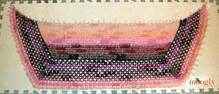Amelia Shawl: free crochet pattern on Mooglyblog.com, using just 1 skein of Lion Brand Shawl in a Ball!