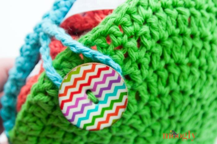 Paliki Pocket Tote - free crochet pattern on Mooglyblog.com!